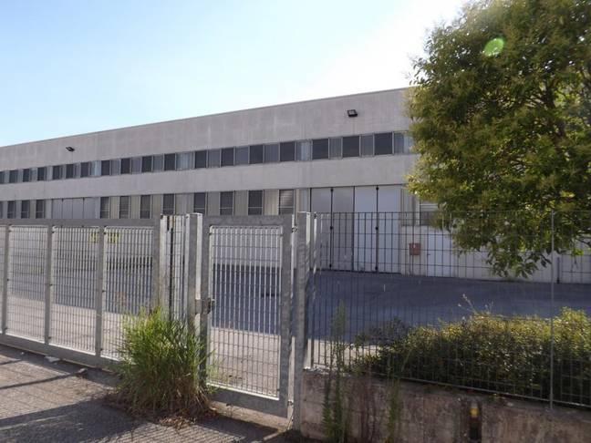 Capannone Commerciali in vendita San Martino Buon Albergo